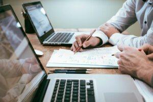 Kreatywne doradztwo IT dla osób prywatnych i biznesu